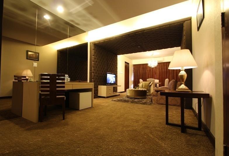 Ratu Hotel Bidakara Serang - Guest Room