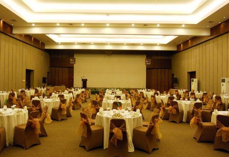 Ratu Hotel Bidakara Serang - Meeting Room
