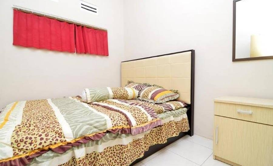 Ceria Homestay Malang - Kamar tamu