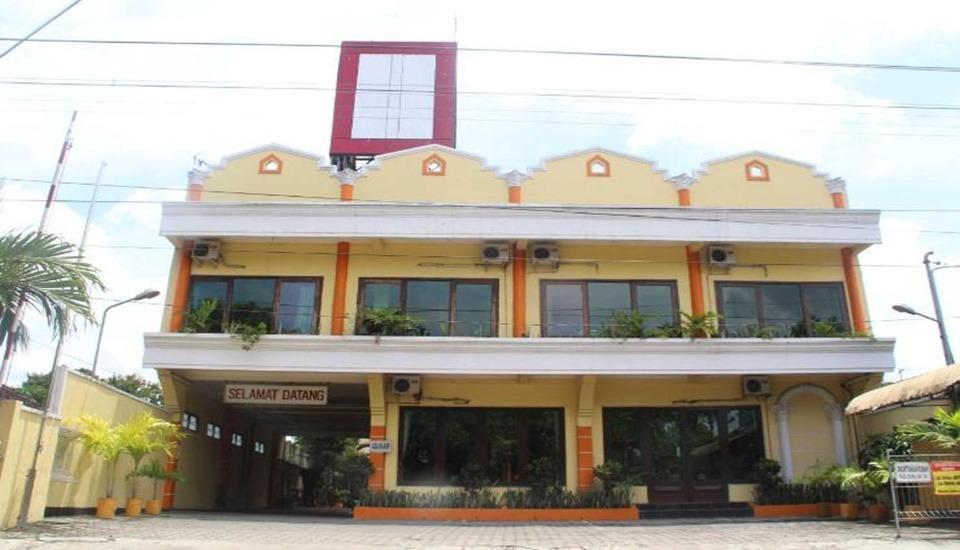 Ronggolawe Hotel Blora - Exterior