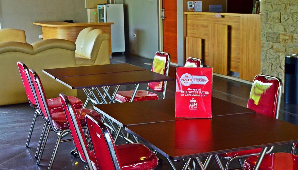 ZenRooms Wadung Asri Surabaya - Restoran