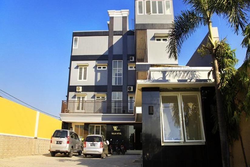 Hotel Walan Syariah Surabaya - Tampilan Luar Hotel