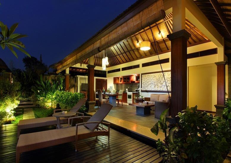 Tis Villa  Seminyak - Dapur (3 Bedroom pool villas)