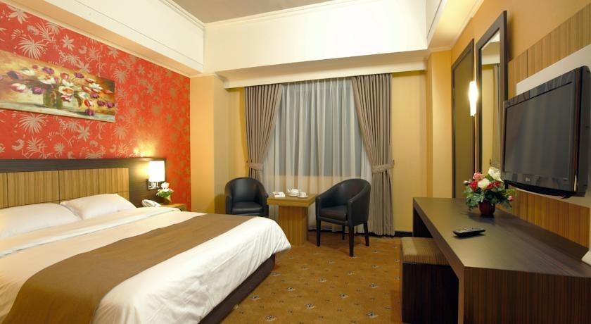 Hotel Orchardz Jayakarta - 1
