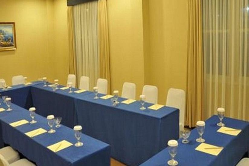 Imara Hotel Palembang - Ruang Rapat