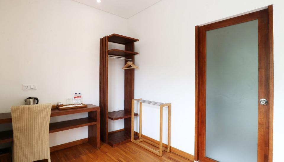 Hotel Puriartha Ubud Bali - Family Bathroom