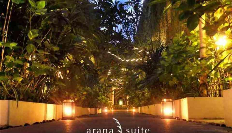 Arana Suites Bali - pemandangan pada malam hari