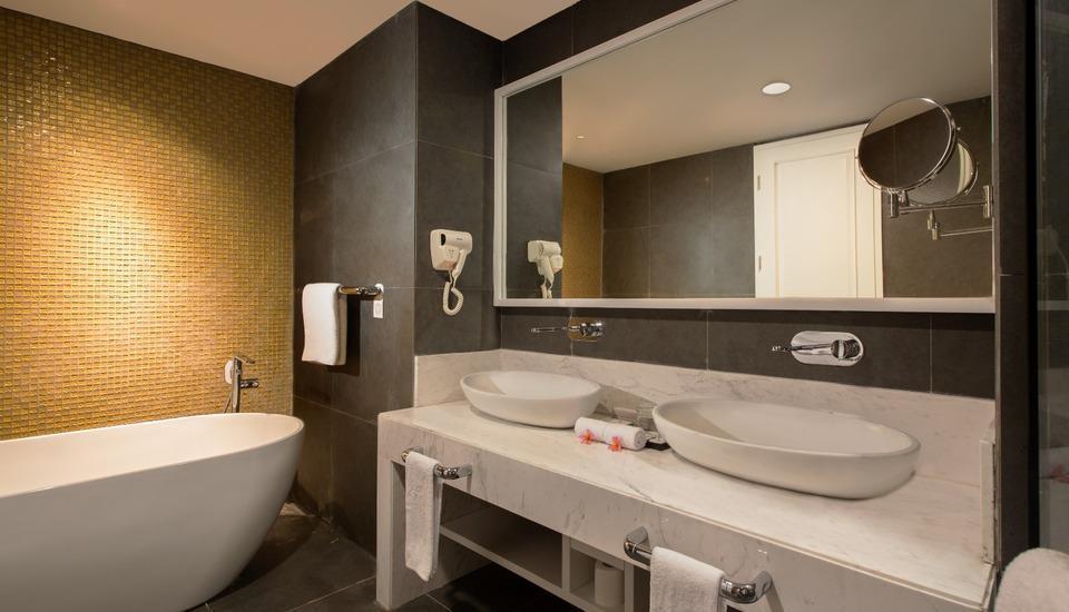 Swiss-Belinn Singkawang Singkawang - VIP Bathroom