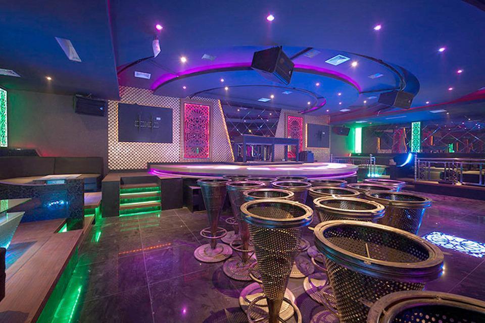 Airy Kuantan Raya 120 Pekanbaru - Bar