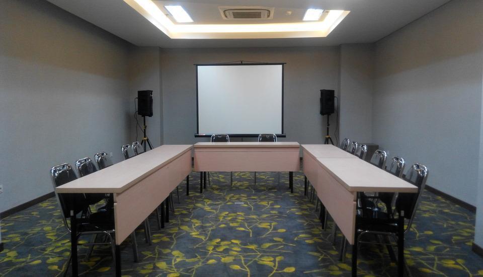 Hotel 88 ITC Fatmawati Jakarta - 6