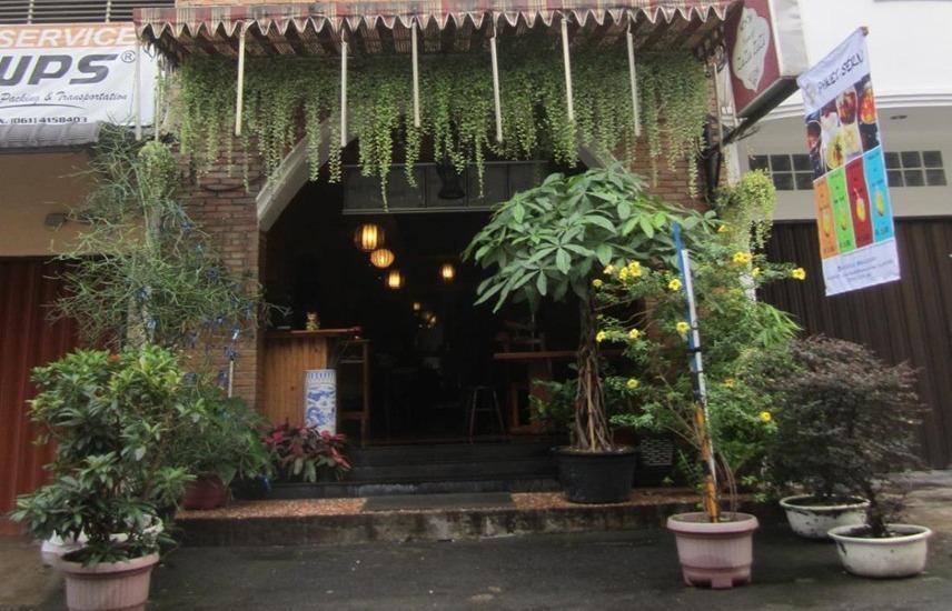 House of Zaza Zizi Medan - Eksterior