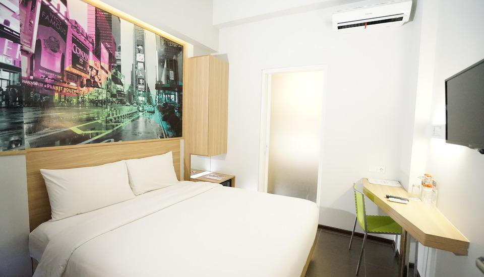 Cleo Hotel Jemursari - Biz Queen  Room Only + Dinner Hot Deal 10%