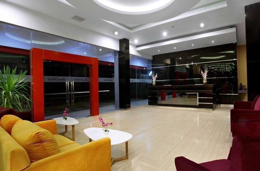 Quest Hotel  Balikpapan - Lobi