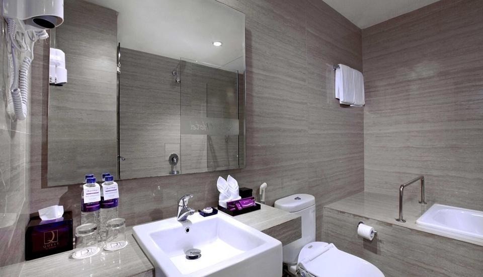 Quest Hotel  Balikpapan - Kamar Mandi Suite