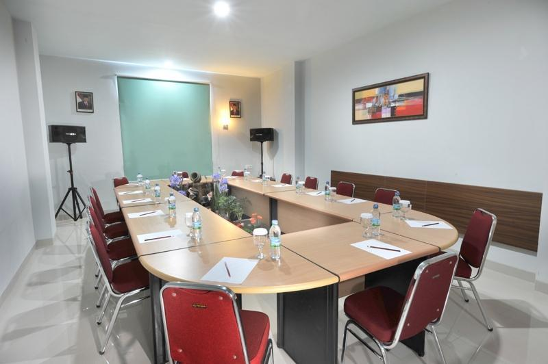 Paramita Hotel Pekanbaru - Ruang Rapat