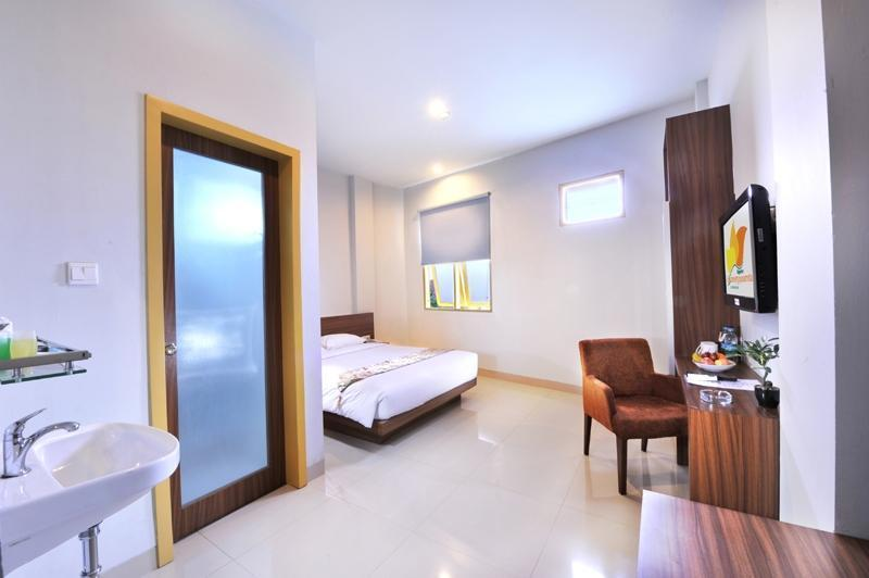 Paramita Hotel Pekanbaru - Deluxe Room with Breakfast Regular Plan