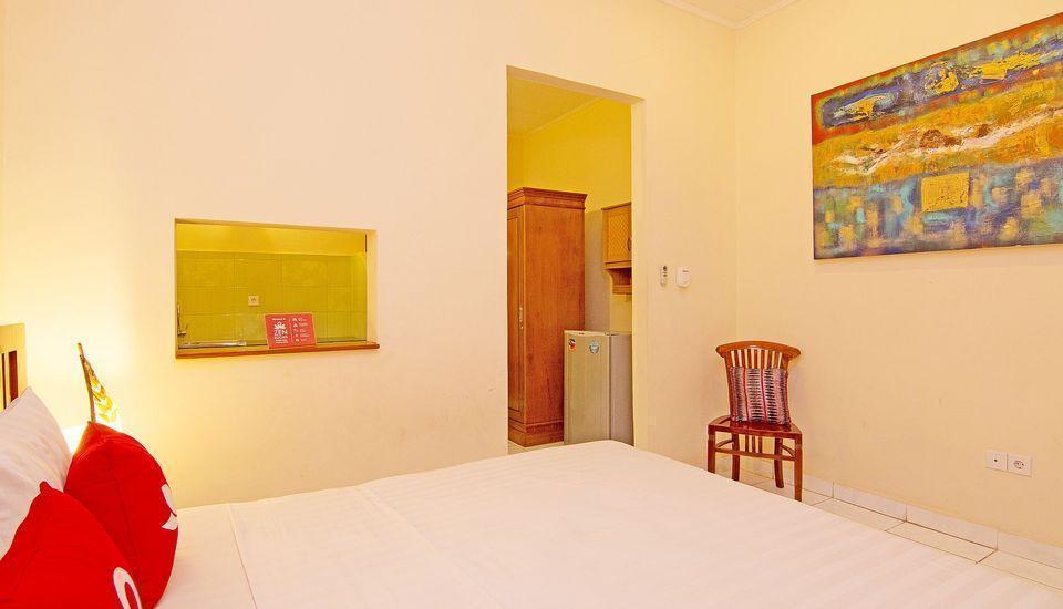 ZenRooms Matahari Lovina Bali - Tempat Tidur Double