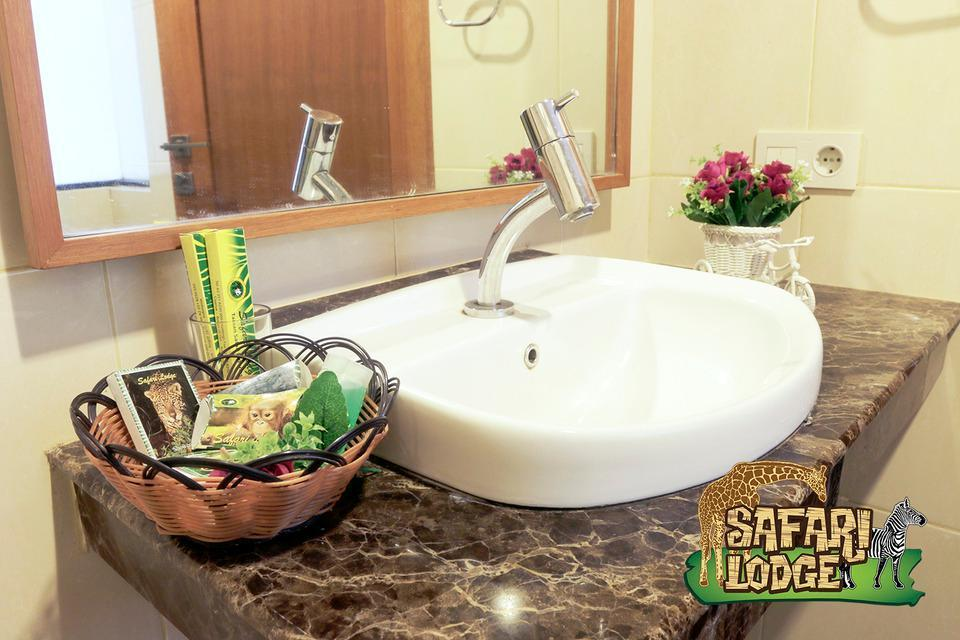 Taman Safari Lodge Cisarua - Amenities