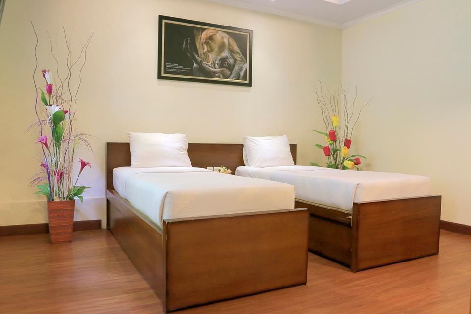 Taman Safari Lodge Cisarua - Twin Bed