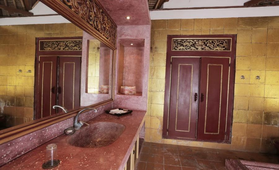RedDoorz @Bidadari Seminyak Bali - Kamar mandi