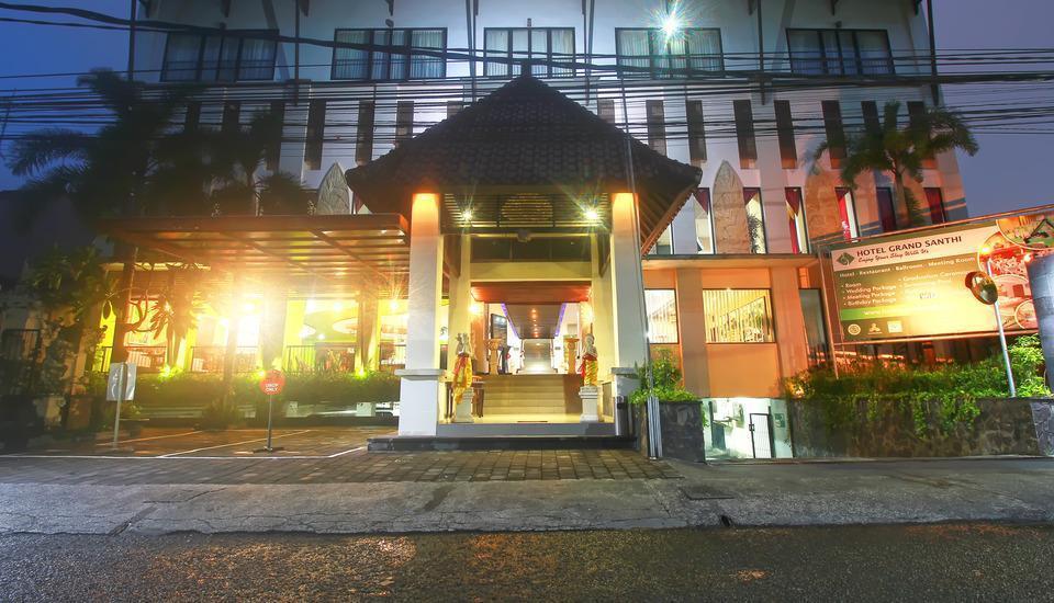 Grand Santhi Hotel Denpasar - FRONT HOTEL