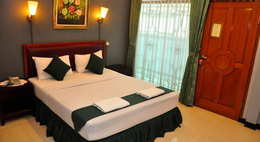 Hotel Benua Bandung - Deluxe Room Regular Plan