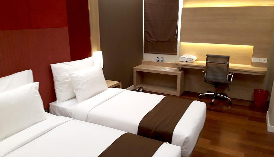 Grand Citihub Hotel Panakkukang - Deluxe Twin Room Only Regular Plan