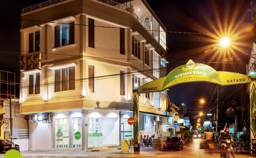 Wake Up Homestay Yogyakarta - Eksterior