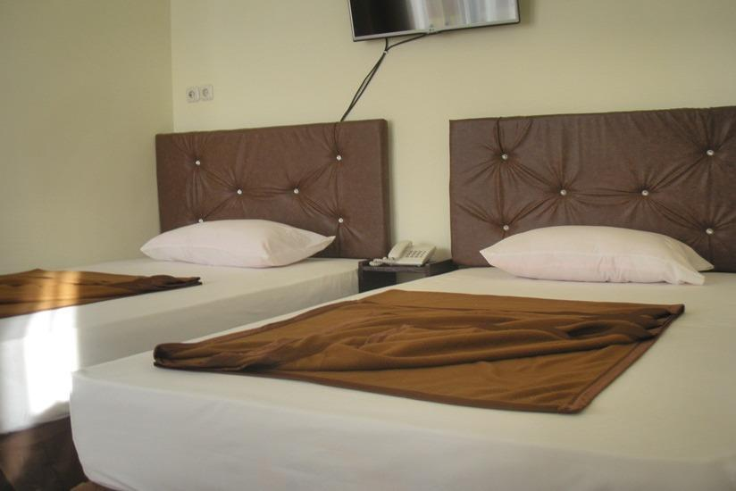 Dena Hotel Kupang - Superior Twin Room Regular Plan