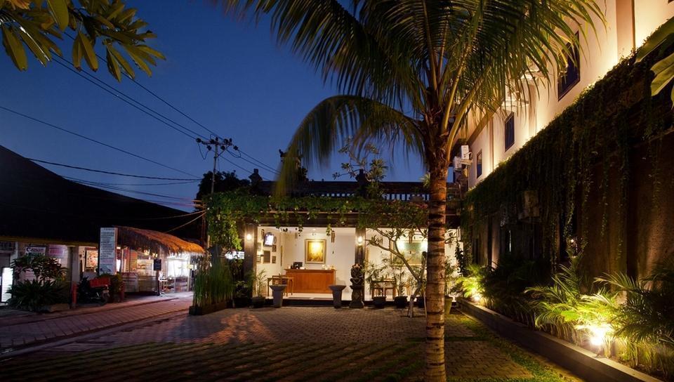 Gana Inn Legian - Hotel Exterior