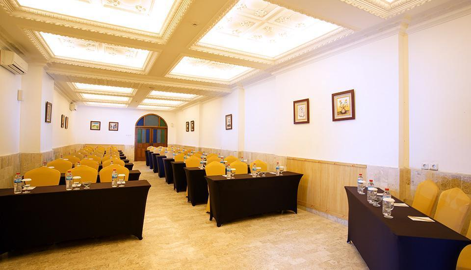 D'Salvatore Art & Boutique Hotel Yogyakarta - Meeting Room