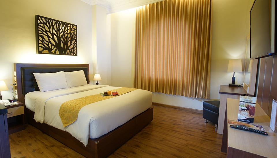 D'Salvatore Art & Boutique Hotel Yogyakarta - Superior Queen Bed