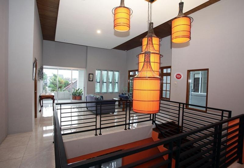 NIDA Rooms Kemetiran Kidul 77 Jogja - Interior