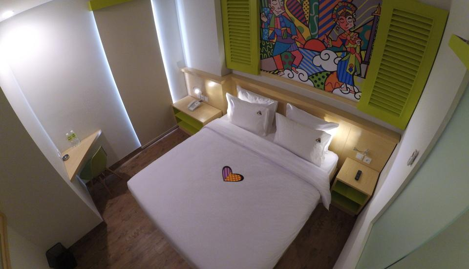MaxOneHotels at Kramat Jakarta - Warm Bed