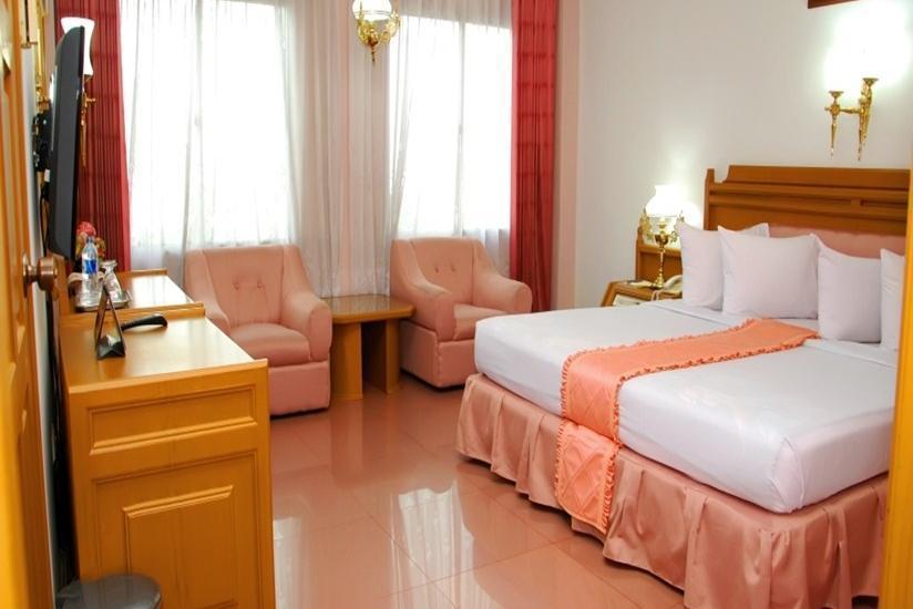 Hotel Inna Dharma Deli Medan - Kamar tamu
