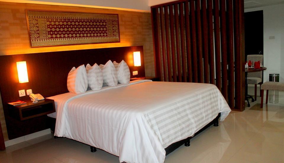Hotel Inna Dharma Deli Medan - Royal Deluxe