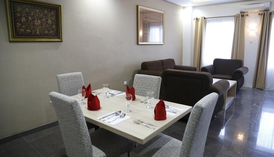 Hotel Inna Dharma Deli Medan - Deboer Suite Regular Plan