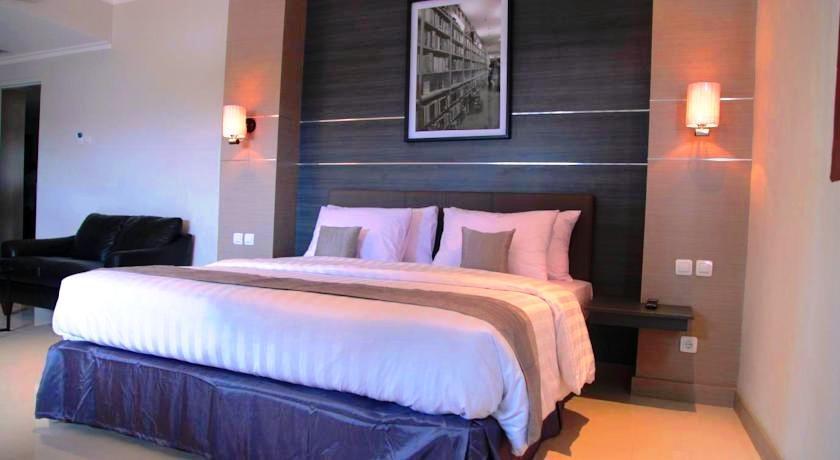 T Hotel Jakarta