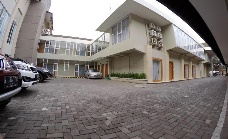 Grand Guci Hotel Bandung - Eksterior