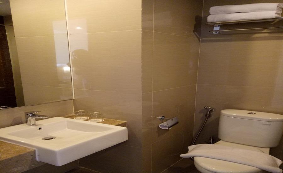Grand Diara Hotel Bogor - Kamar mandi