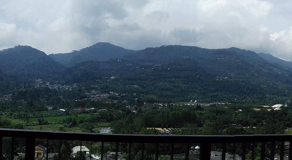 Grand Diara Hotel Bogor - Lihat Maountain