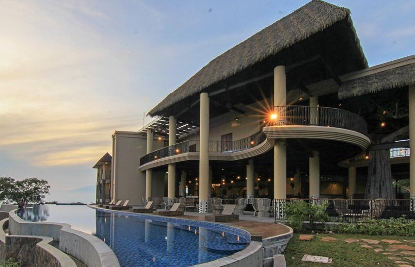 Baobab Safari Resort Pasuruan - Kolam Renang