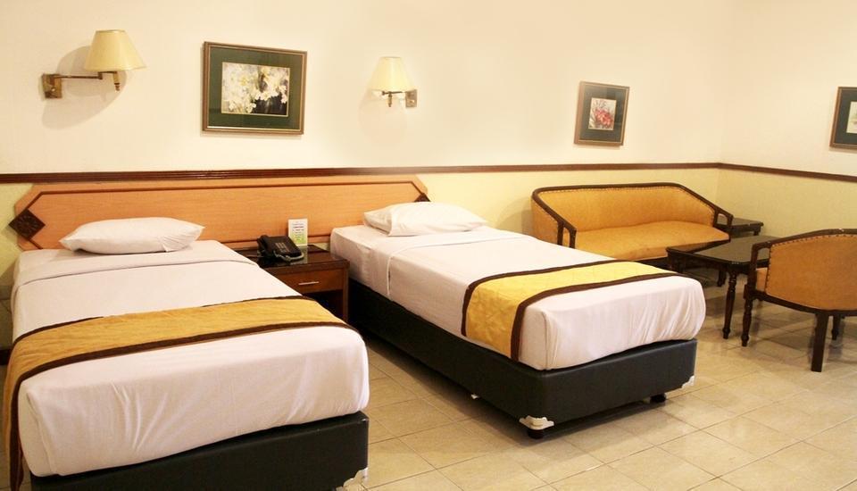Hotel Taman Sari Sukabumi - Flamboyant Suite Regular Plan
