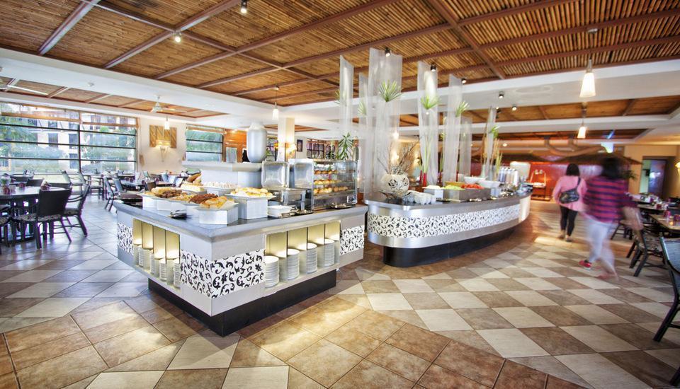 Nirwana Resort Hotel Bintan - The Coffee Shop Restaurant