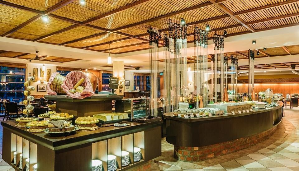 Nirwana Resort Hotel Bintan - Restoran Coffee Shop