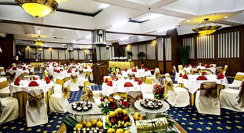 The Jayakarta Bandung - (02/Apr/2014)