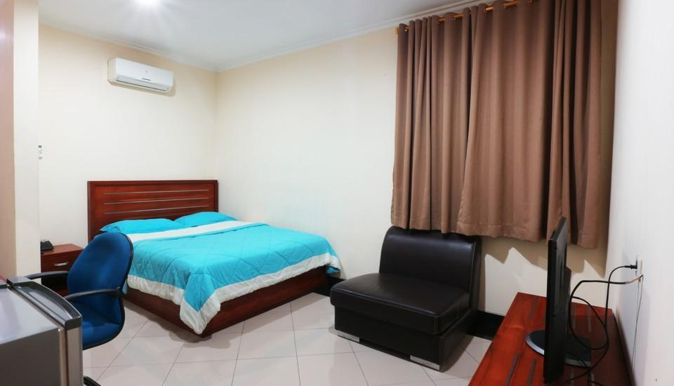 FR Guest House Jakarta - Superior Room MINIMUM STAY
