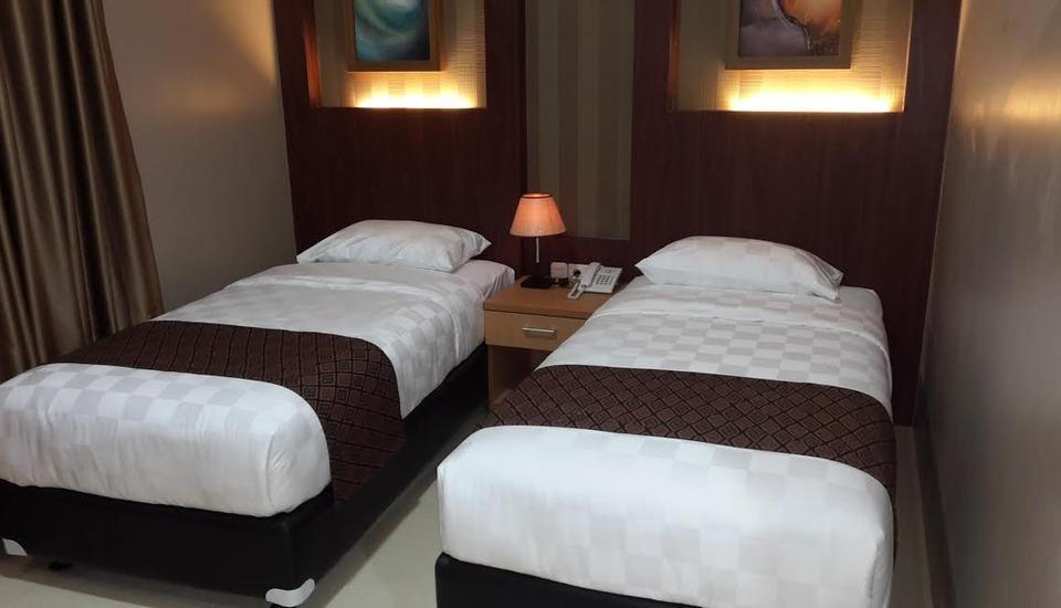 Grand Permata Hotel Purwakarta - Deluxe Room With Breakfast Regular Plan
