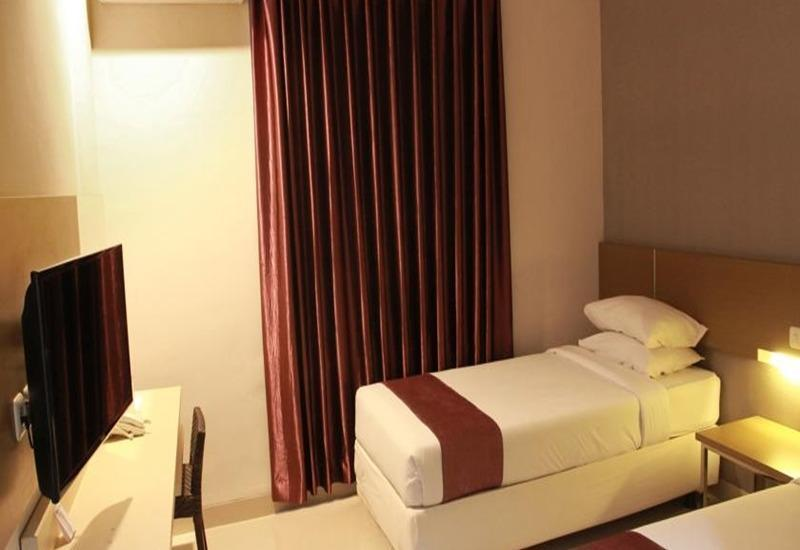 Smile Hotel Cirebon - Superior Room Regular Plan