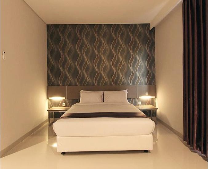 Smile Hotel Cirebon - Room